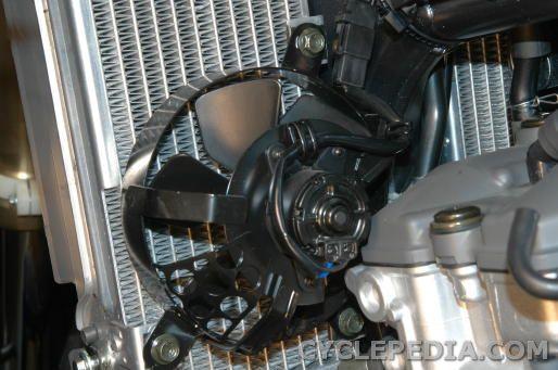 Kawasaki KLX400 Suzuki cooling fan