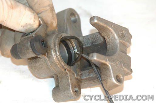 XR650L XR600R Rear Brake Caliper Rebuilding
