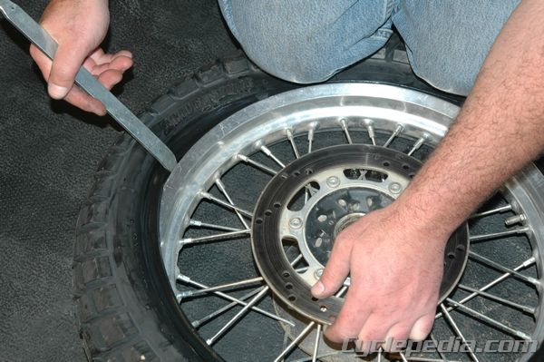 CSM_MC_TireChange_0025