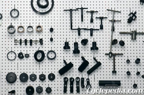 tool-wall-600