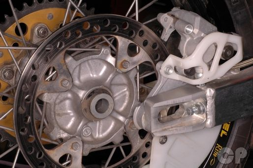 Honda XR650R Online Wheel Servicing Information