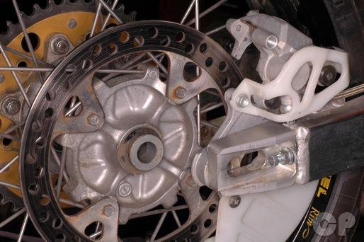 Honda XR650R Online Wheel Servicing Information