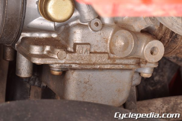 Look up specifications for your TRX350 and TRX350d carburetor and fuel system.