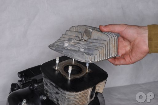 Suzuki JR80 Cylinder Head Removal