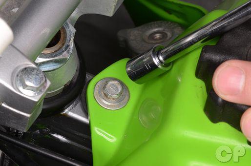Kawasaki KX60 fuel tank and bodywork removal and installation