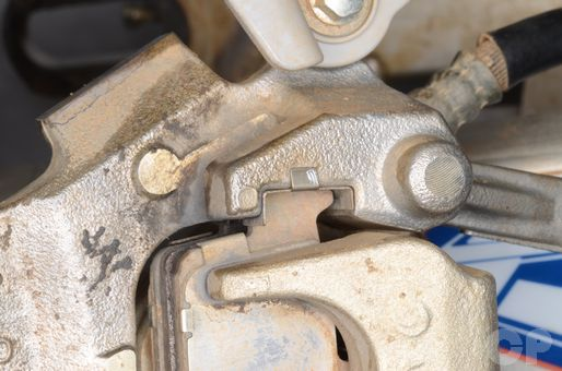 Yamaha YZ250F brake pad replacement