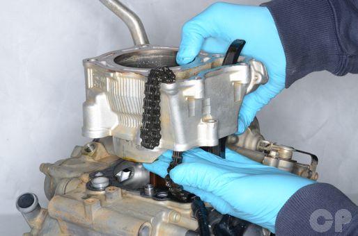Yamaha YZ250F piston and cylinder inspection