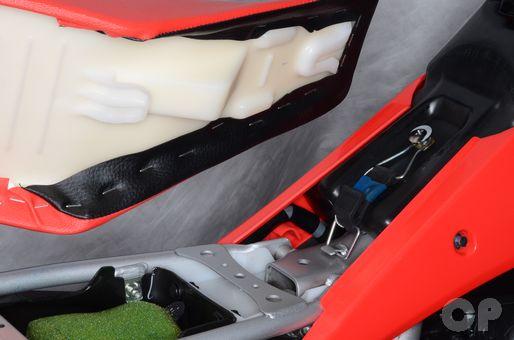 Honda CRF150R seat installation