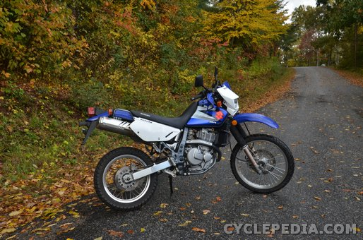 Suzuki DR650SE Motorcycle Service Manual - Cyclepedia