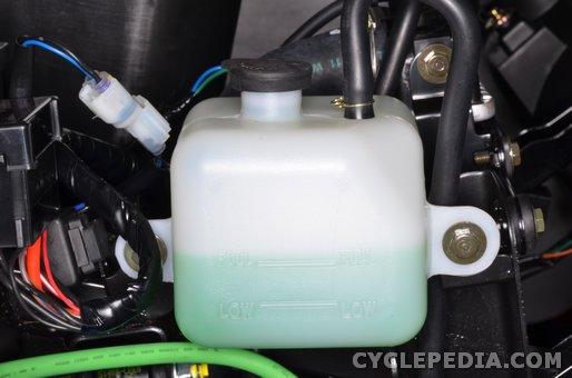 kymco uxv500 coolant level inspection radiator water pump draining