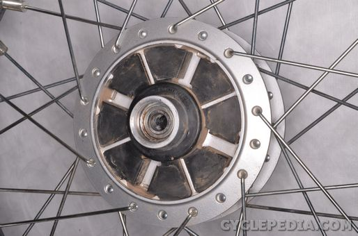 suzuki tu250x wheels axle inspection removal installation front rear wheel