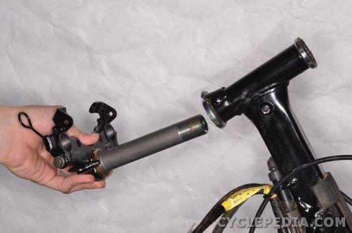 Yamaha PW50 Steering, Steering head bearings