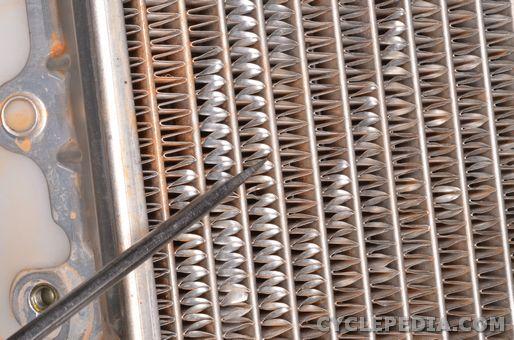 Yamaha YZ 85 cooling system radiator