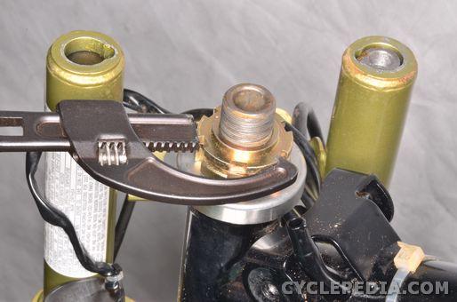 yamaha tt-r50 steering head bearings handlebar