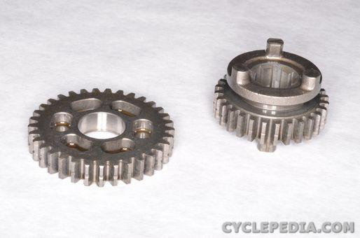 yamaha tt-r90 engine piston cylinder camshaft valves rocker arm transmission