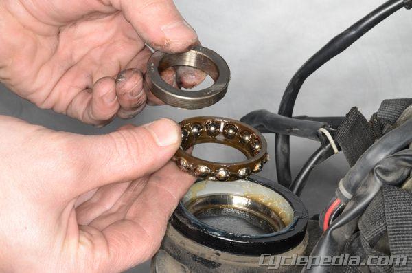 Steering Suspension Suzuki DL650 V-Strom Cyclepedia Repair Manual