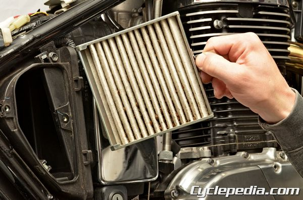 Suzuki LS650 Savage S40 Boulevard Air Filter Replacement