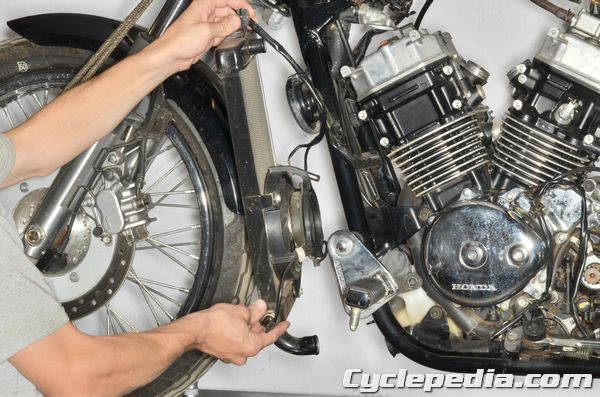 Cyclepedia 2001 2007 Honda Vt750 Shadow Spirit Online Manual on wiring diagram for lights