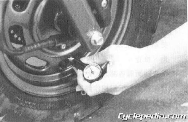 Cobra 50 TOP BOY 100-50 Service Manual tire pressure inspection