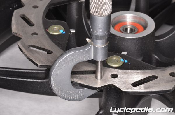 kymco agility scooter online service manual cyclepedia kymco agility 125 scooter front disc brake caliper pads rear drum brake shoes