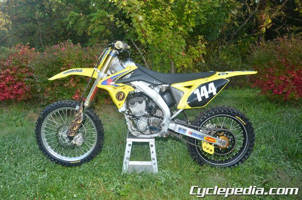 Suzuki RM Z250 Manual 2010-2012 - CyclepediaCyclepedia