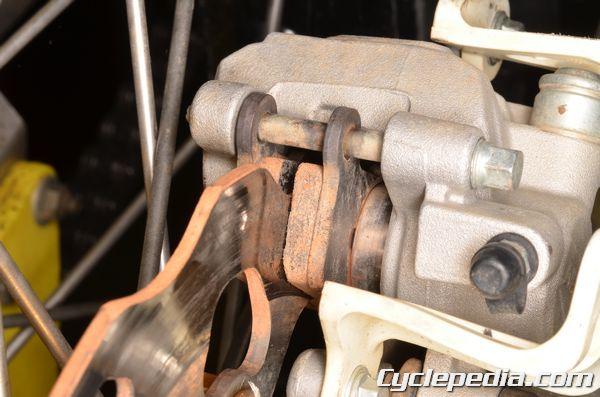 Suzuki RMZ250 2010-2012 brake pad replacement