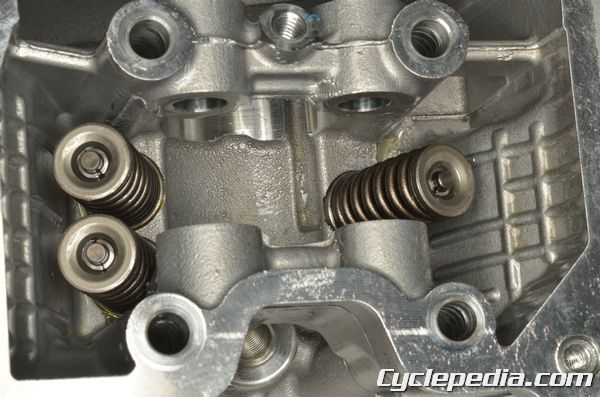 kymco_compagno_50_3-valve-cylinder-head-gy6-rocker-arms-camshaft-crankshaft-cylinder_and_piston_clearance