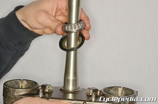 YZ450F Yamaha Steering Stem Bearing Repair