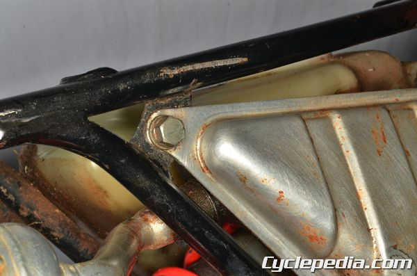 Yamaha BW PW 80 exhaust system mounting bolt