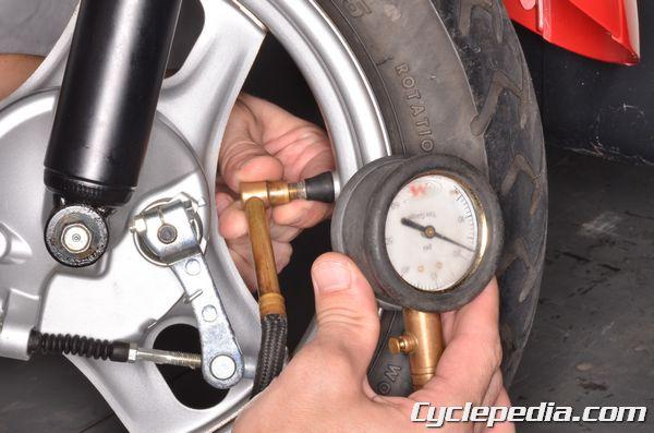 Honda CH50 Metropolitan tire pressure