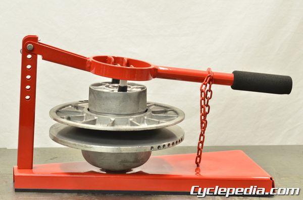 Polaris Sportsman 400 500 PVT clutch rebuild service compressor tool