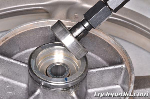 Honda CB750 Nighthawk Wheel Bearing Removal and Installation