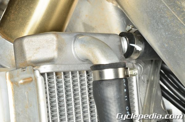 CRF450 cooling system