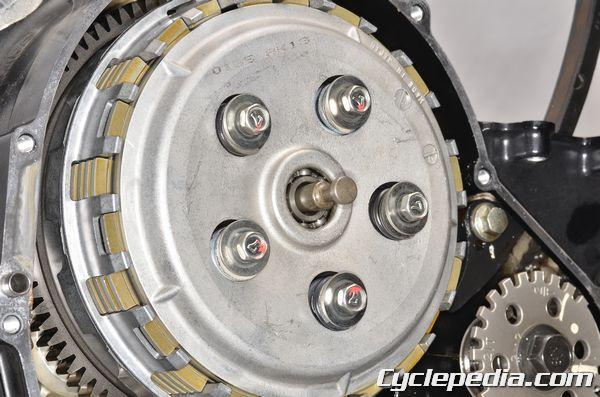 Kawasaki KLE650 Versys clutch removal