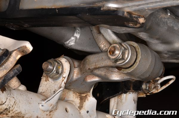 XR200r honda rear suspension linkage bearing service