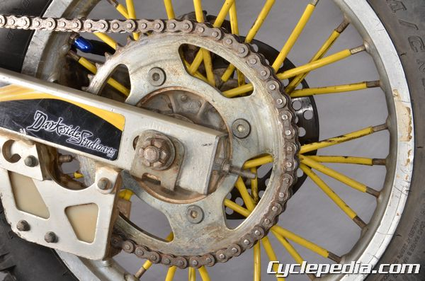 Suzuki RM85 L RM80 chain and sprockets. Rear sprocket teeth