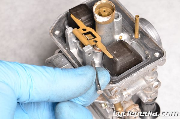 Suzuki RM RM85 L carburetor cleaning float valve inspection main jet, pilot jet, needle jet, and starter jet