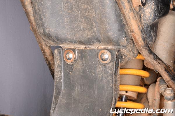 Suzuki RM85 rear fender mudguard seat and bodywork replacement